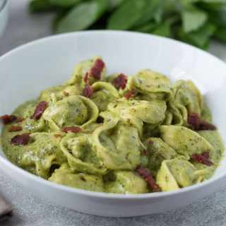 Quick Creamy Pesto Sauce