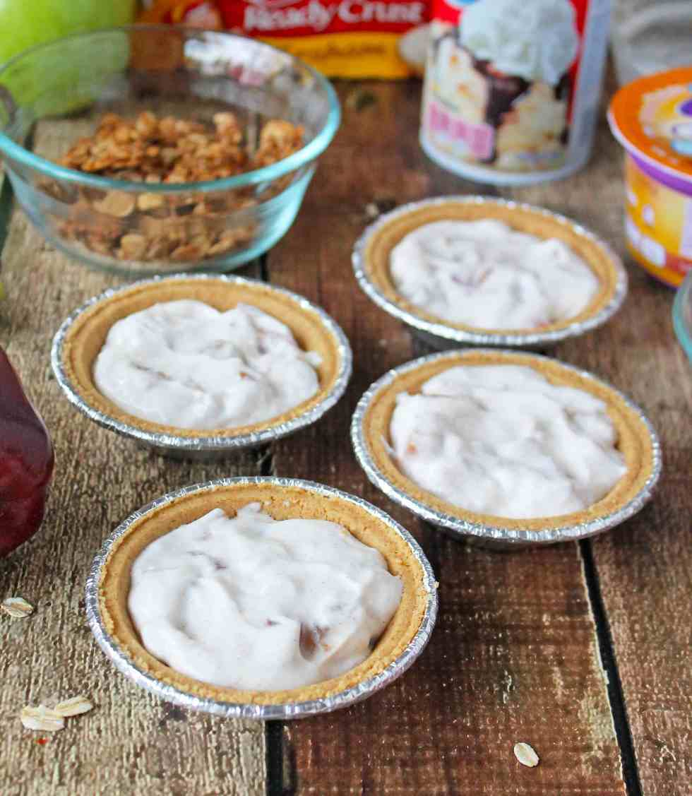 No Bake Apple Yogurt Crumble #EffortlessPies