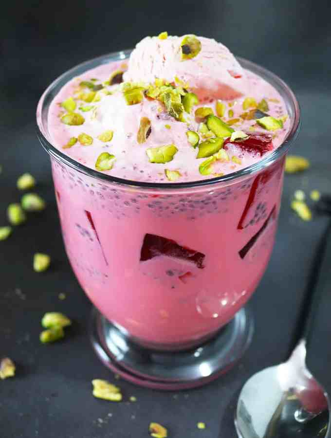 Rose and Almond flavored Falooda