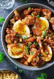Easy Raspberry Chipotle Cauliflower Curry With Egg
