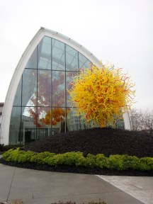 "Chihuly ""Sun"" sculpture, Chihuly Garden and Glasshouse (c) Winter Shanck, 2012"