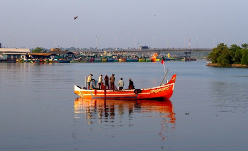 Chinese influence in fishing boats at Kochin - photo - Karen Anderson