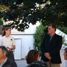 Dana Ewart introduces Fairview Cellar's owner Bill Eggart photo - Karen Anderson