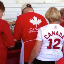 Volunteers are the true team Canada - photo - Karen Anderson