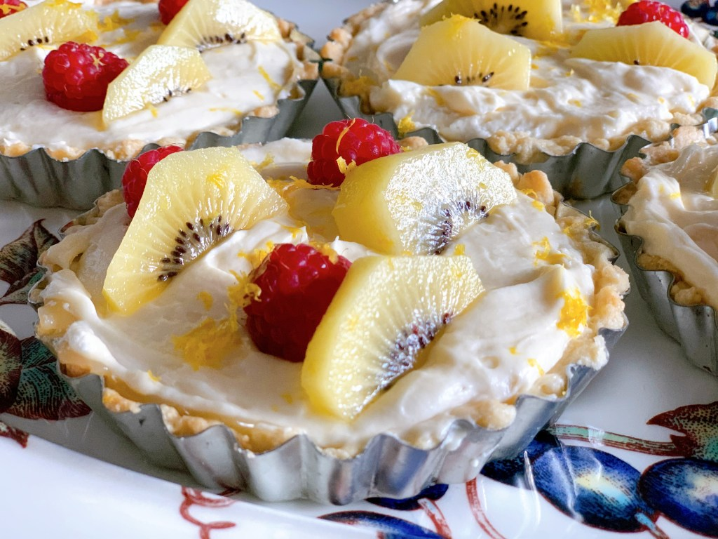 Quick and Easy Lemon Tarts - close up