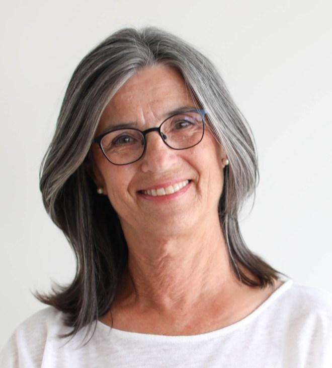 Louise Savoie, the artist - portrait