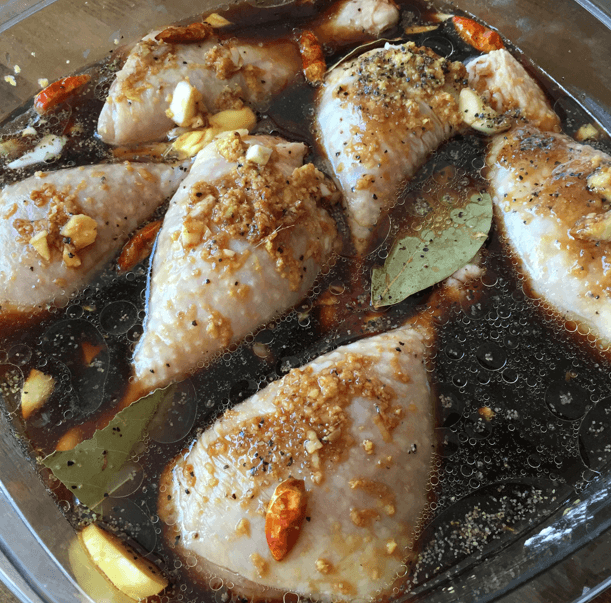 marinating-filipino-adobo-chicken
