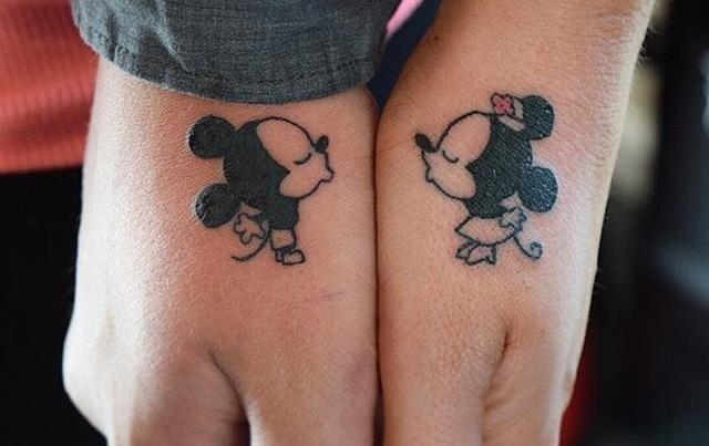 Nema jasnijeg znaka da nekog volite od zajedničke tetovaže (foto: Instagram)