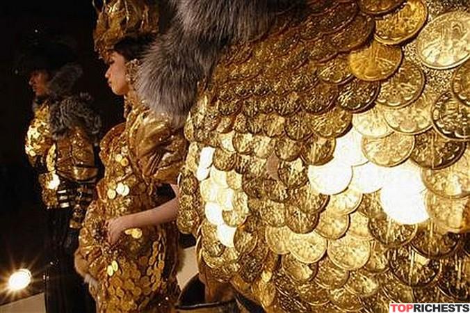 Gold-Coin-Dress-by-Ginza-Tanaka
