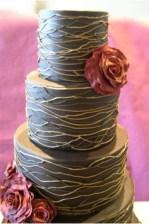 Winter Wedding Cakes We Love7