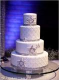 Winter Wedding Cakes We Love8