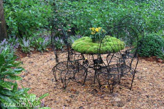 Table container garden