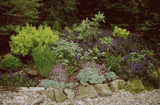 Perennial garden mulches are different from garden walkway mulches.