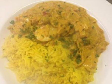 Think that you don't have time to make curry sauce from scratch? Think again. Try this quick and easy cheats curry sauce recipe.