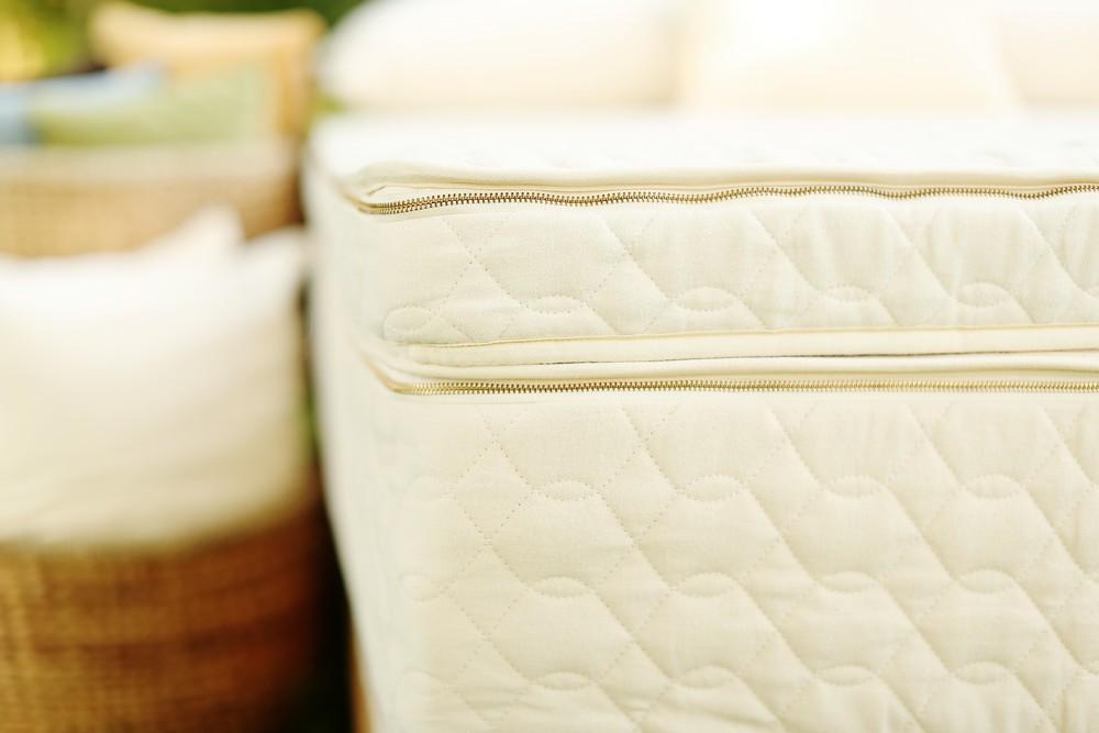 Organic Pillowtop Mattress With Natural Latex Unity