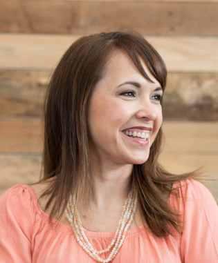 Kathy Cruz - Savvy Shopkeeper