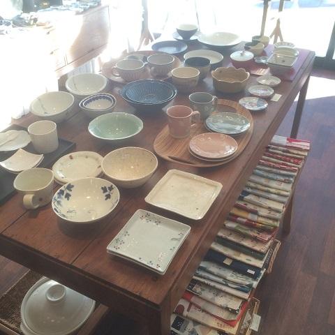 かわいい和食器がいっぱい「青葉堂」