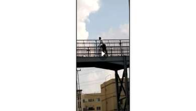 Photo of بالفيديو :محاولة انتحار شاب من جسر اسكان الامن العام في القويسمة