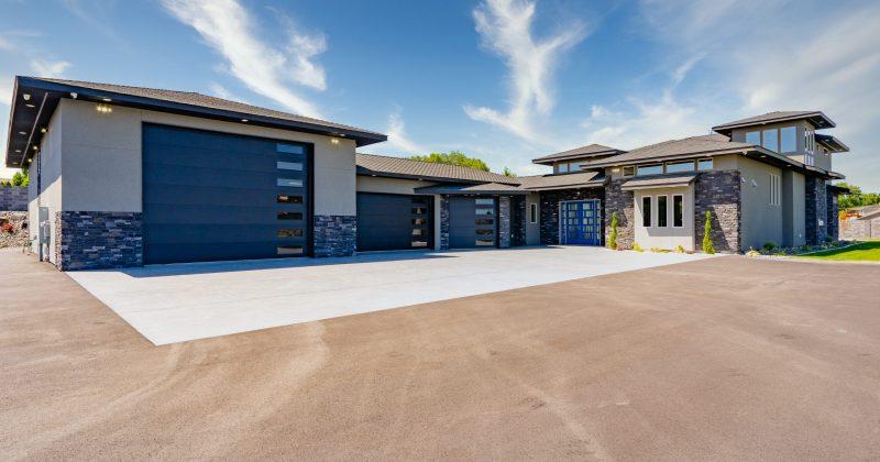 Custom Sawby Home – Modern
