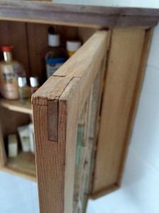 Fig. 1 - Bridle joint on an old medicine cabinet_resize