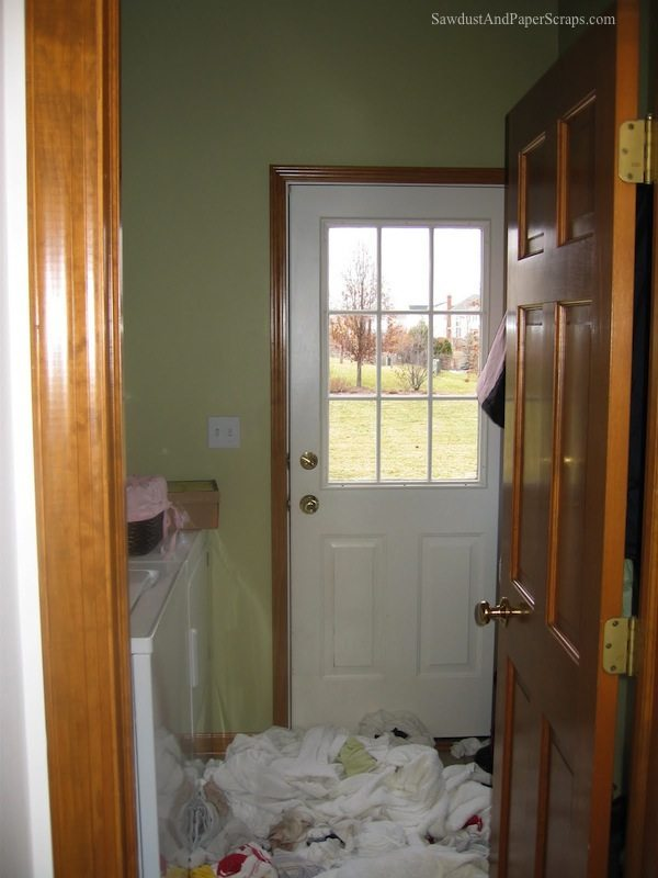 Laundry Room IL before
