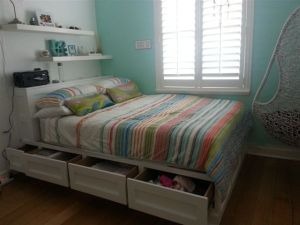 Built-in Storage Bed