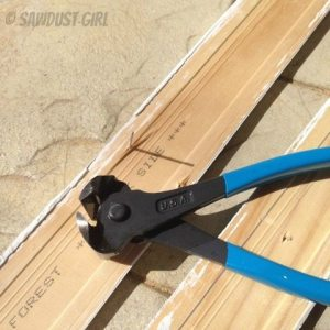 Sawdust Girl Tip: nail pulling pliers