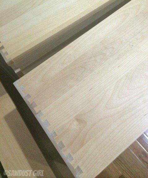 Dovetail kitchen drawers