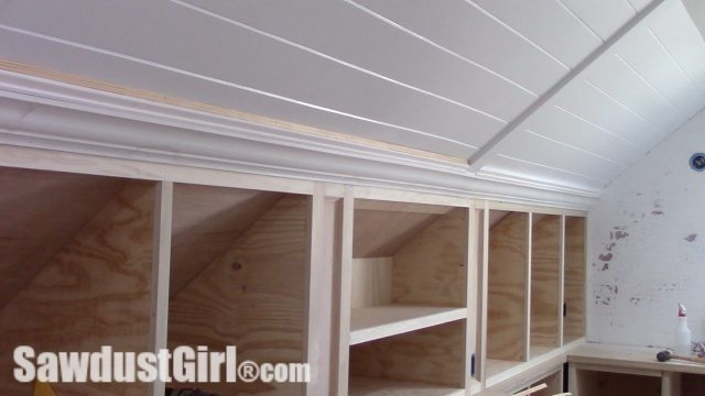 Building Storage Garage Wall