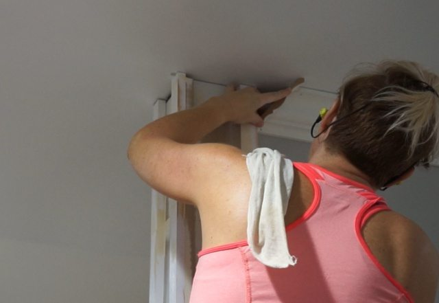 Installing crown moulding