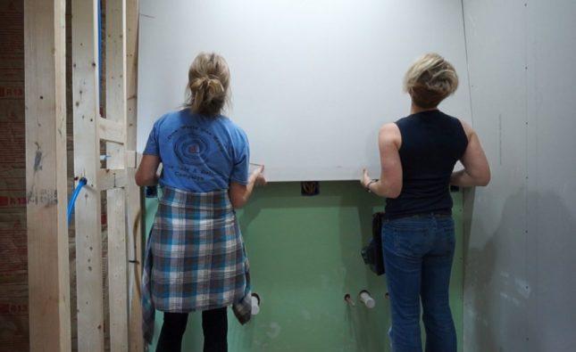 Jack and Jill Bathroom Update - week 6 - Sawdust Girl®