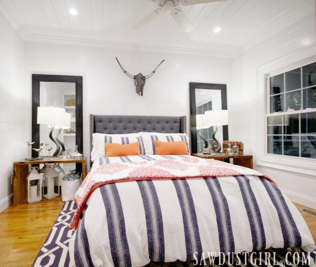I'm so happy to share the guest bedroom reveal!  It is a little bedroom but it is fit for a queen.