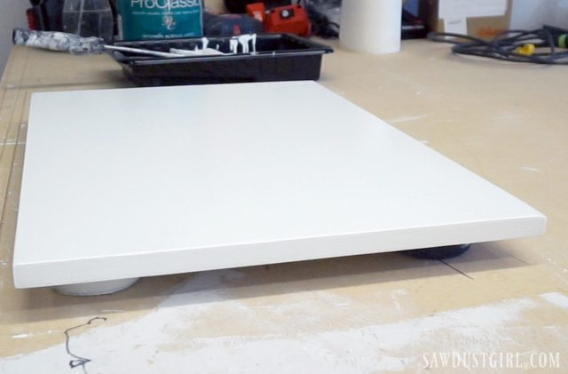 How to paint plywood
