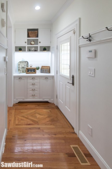 Side entry with kitchen command center