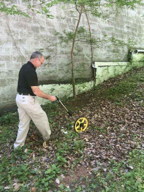 measuring distance between termite bait stations