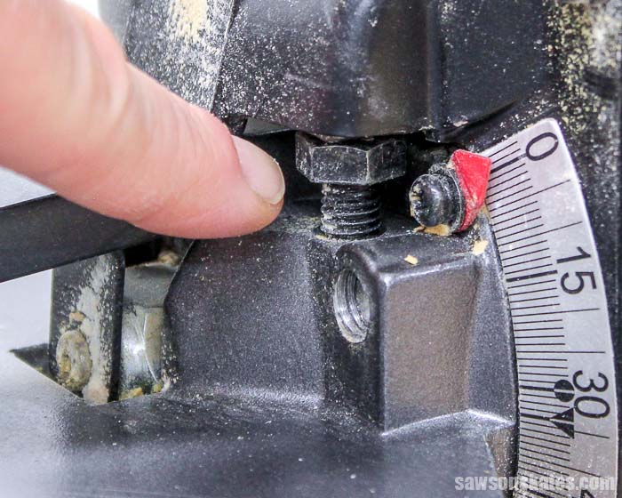 Adjust the miter saw stop so the blade is at 0 degrees