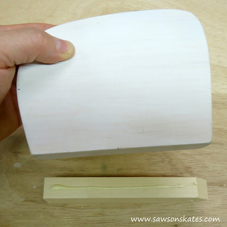 DIY Painted Wooden Vintage Camper Napkin Holder - Assemble the camper