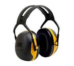 Earmuffs - 48 Gift Ideas DIYers Actually WANT! - sawsonskates.com