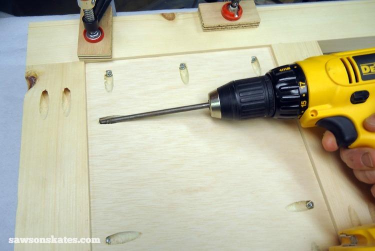 Small DIY Bathroom vanity plans - side assembly 4