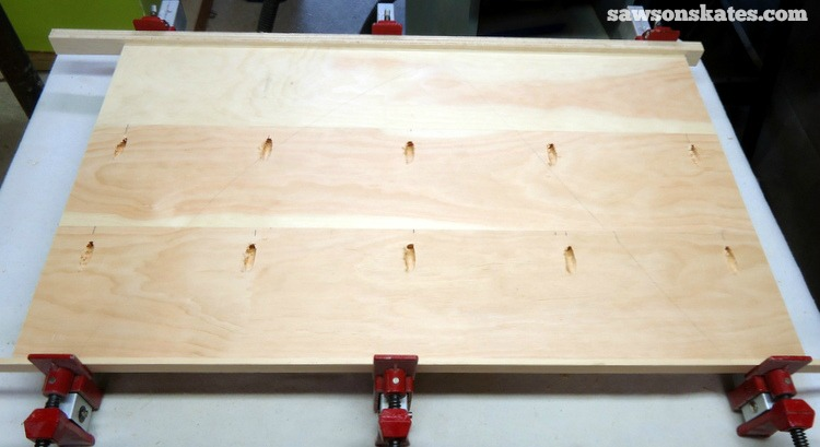 Want to know how to use a Kreg Jig? This tutorial gives tips for avoiding mistakes when drilling pocket holes for DIY projects - drill pocket holes in the edges of wood to make panels for furniture or table tops