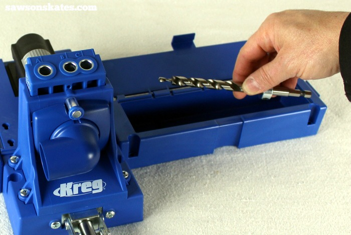 The storage wings on the Kreg Jig K5 are great for storing the Allend key, driver, drill bit and more.