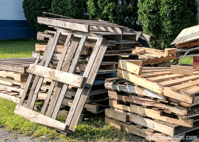 Pallet wood is often used to make accent walls and furniture projects, but there are a few things to consider before you start building with pallets.
