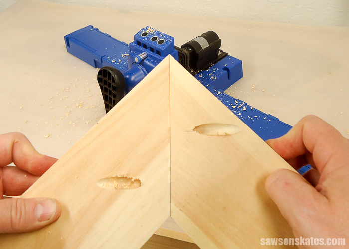 Pocket Hole Tips for Edge Joints - in addition to edge joints a Kreg Jig can be used to drill pocket holes on miter joints