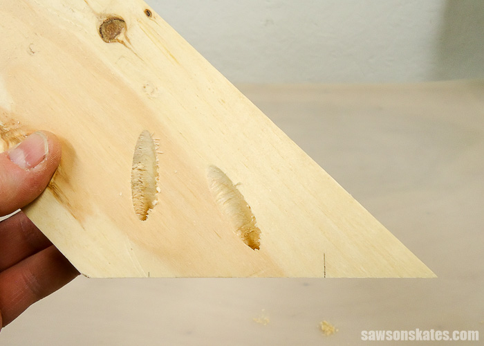 Drilling pocket holes on miter joints - drill the pocket hole.