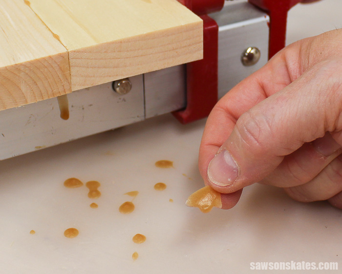 Essential Tools - silicone workbench mat protects against glue spills