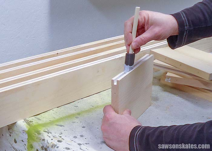 Priming the grooves for the DIY door