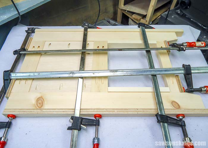 Bar clamps prevent pieces from moving out of alignment when assembling pocket hole joints