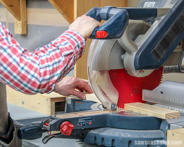 DIYers often ask when should you use a miter saw vs a table saw? We'll look at the type of cuts a miter saw and table saw can make and when to use each saw.