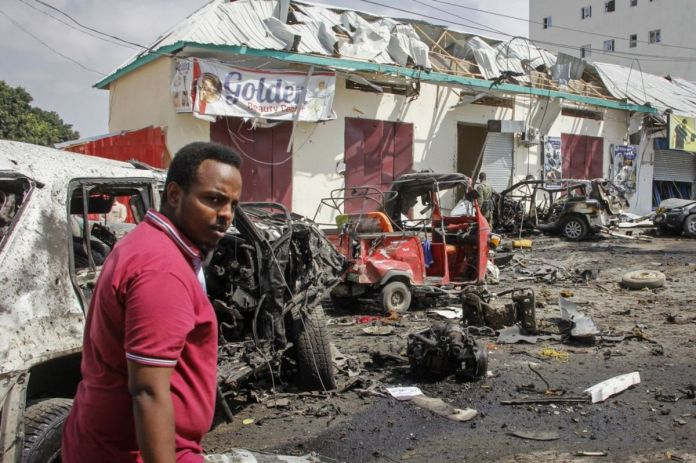 Car Bomb Rocks Near Somalia's Presidential Palace