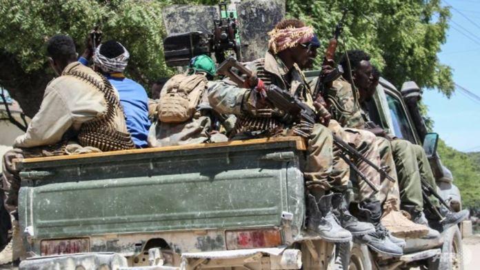 Somali Opposition Fighters Cordon Off Parts of Mogadishu